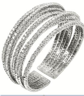 Wristlets:By Minawala