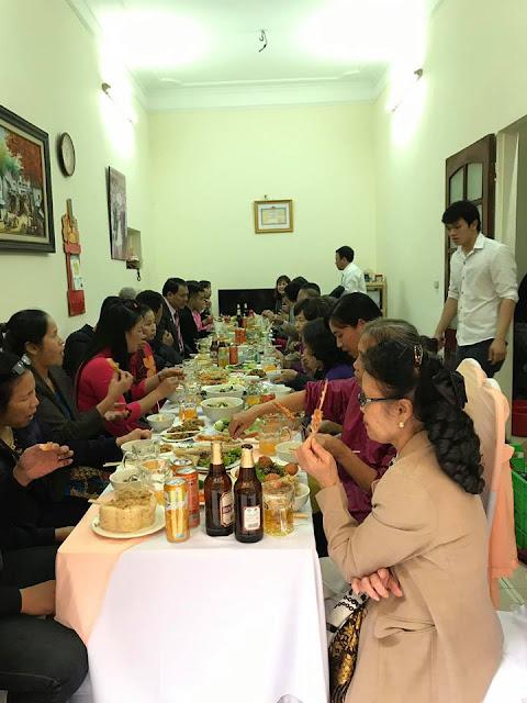 tiệc cưới tại nhà