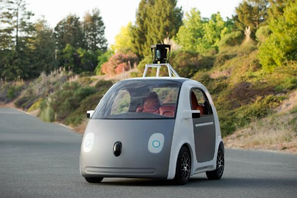 إختبار السيارات ذاتية القيادة يمر لمرحلة جديدة في ولاية كاليفورنيا