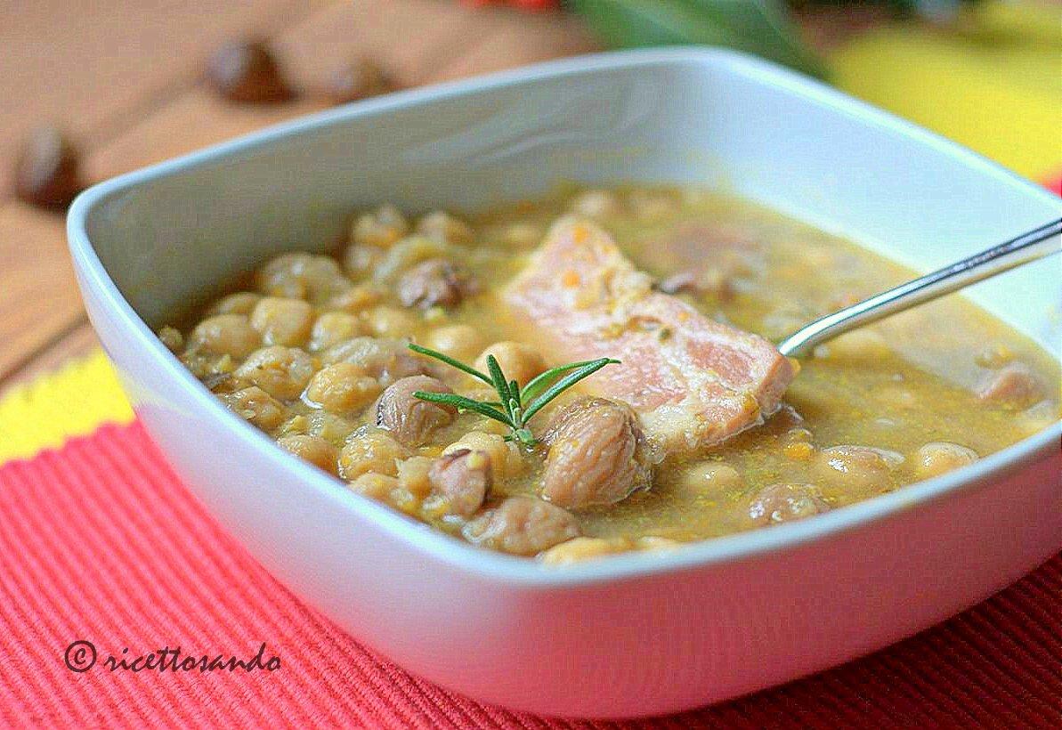 Zuppa di castagne e ceci ricetta primi piatti