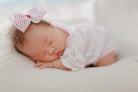 «1 Month Old Grace | Baby Session»