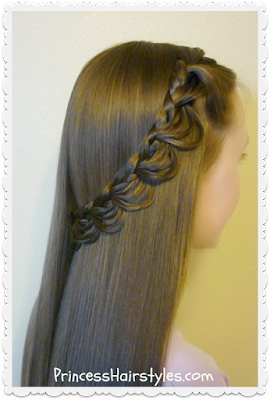 Pretty hairstyle, the melted braid.