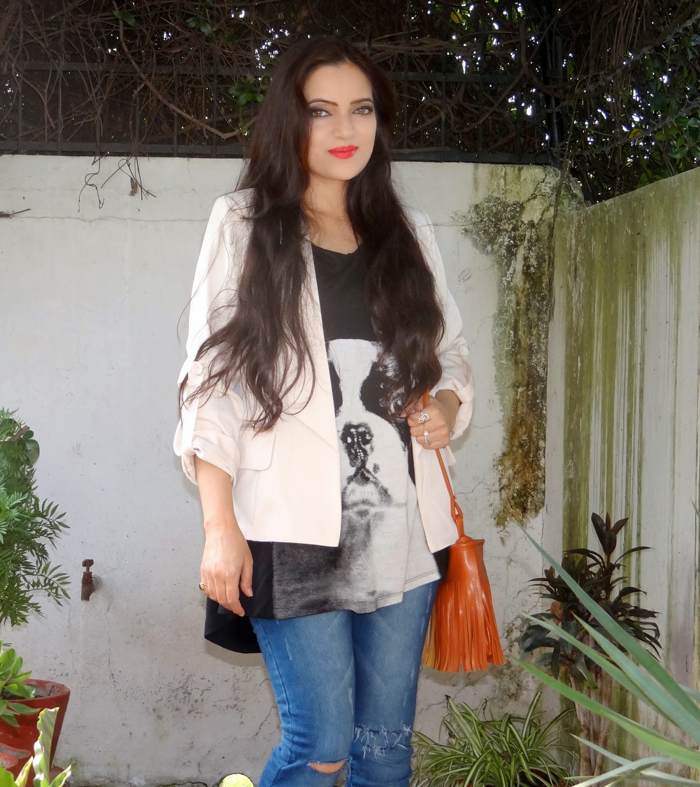 The everyday look with a neon twist!| How to style beige pumps, Amiclubwear, fashion trends, Indian fashion blogger
