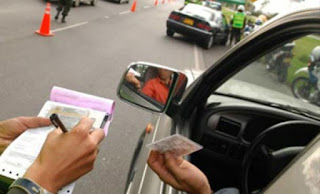 Projeto define limite de um salário mínimo para multas de trânsito