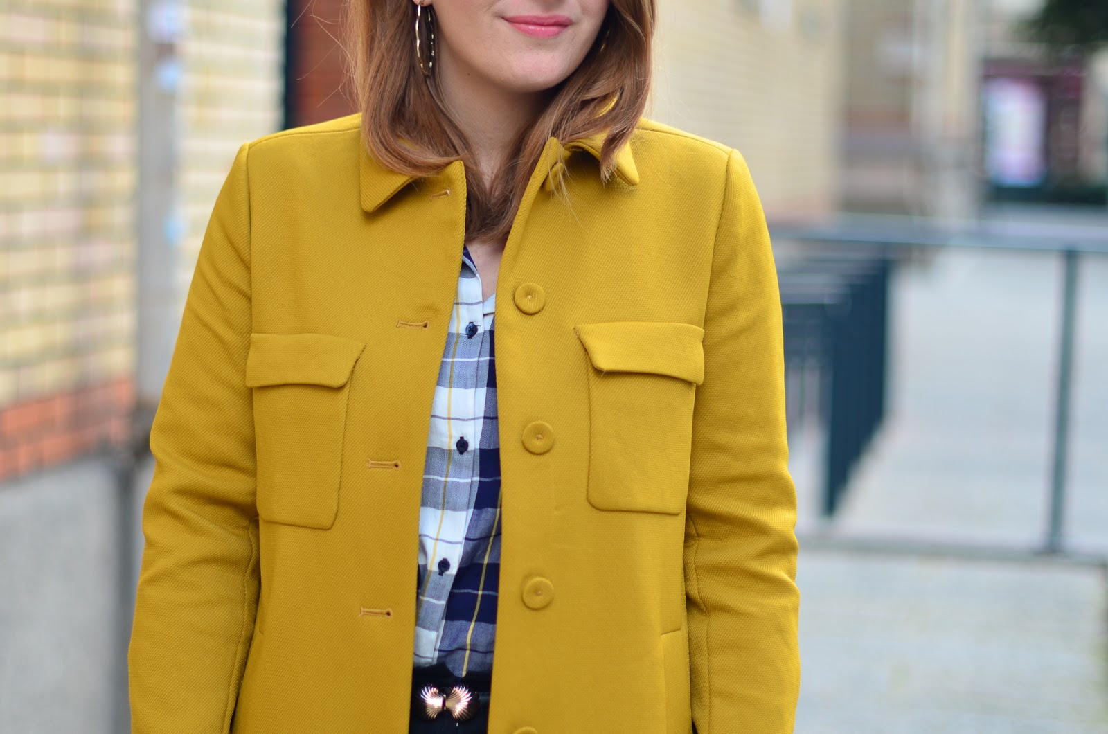 le manteau moutarde elofancy blog mode rennes voyage tendances beaut bonnes adresses lifestyle. Black Bedroom Furniture Sets. Home Design Ideas