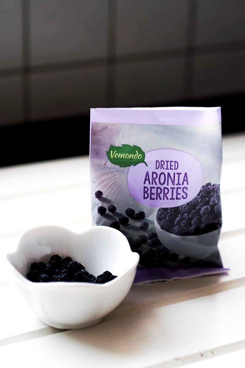 suszone owoce aronii Vemondo