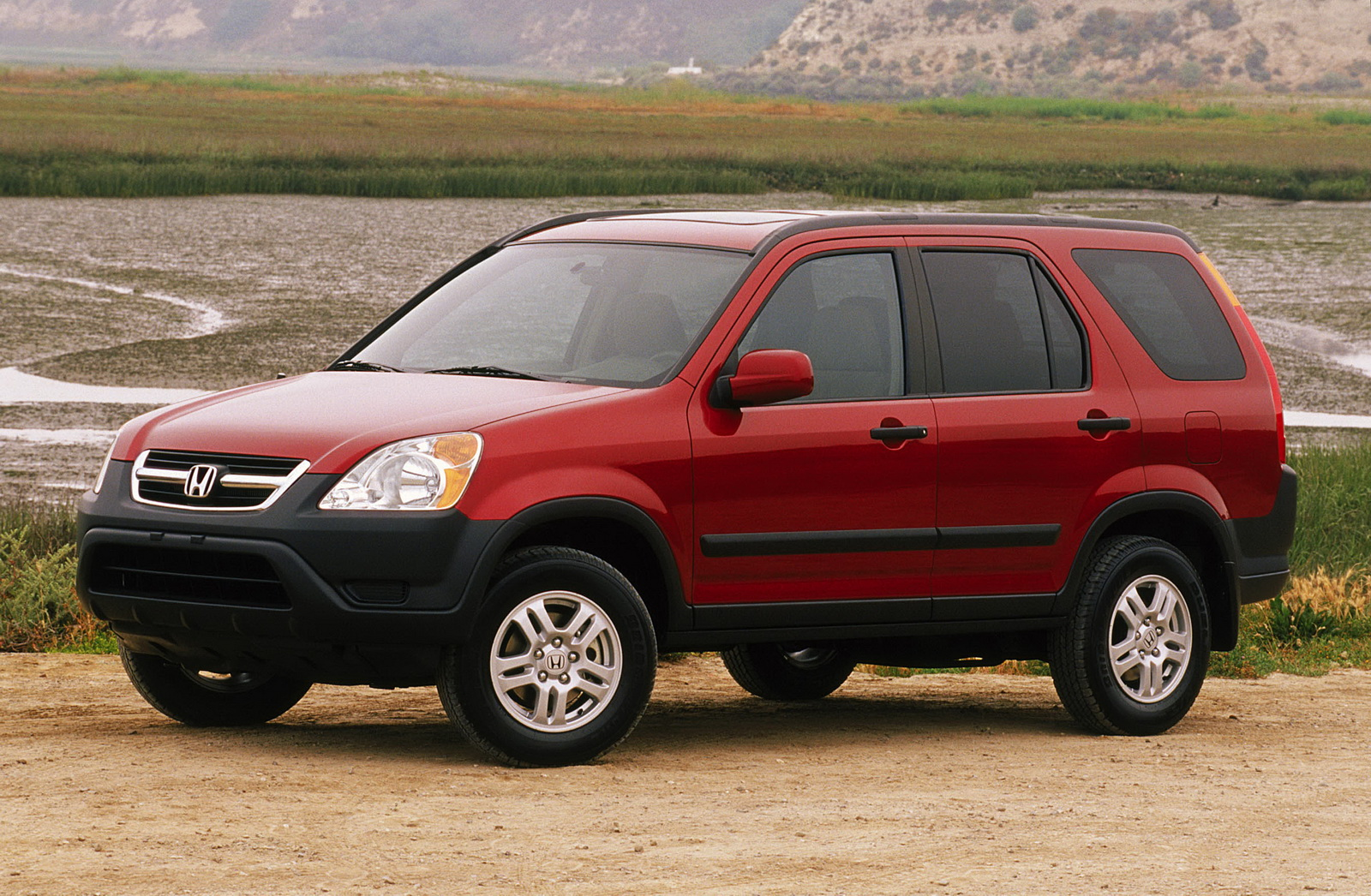 honda adds 2003 2005 cr v models to the takata airbag recall. Black Bedroom Furniture Sets. Home Design Ideas
