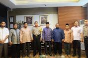 Panitia Silatnas Pesantren Darul Istiqomah Silaturahmi Dengan Kapolda Sulsel