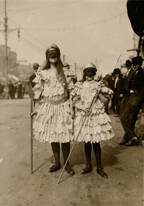 Children Wearing Mardi Gras Costumes In New Orleans Louisiana Ca S