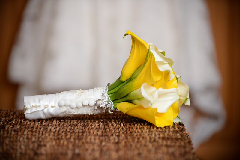 Yellow-Grey-DIY-Wedding