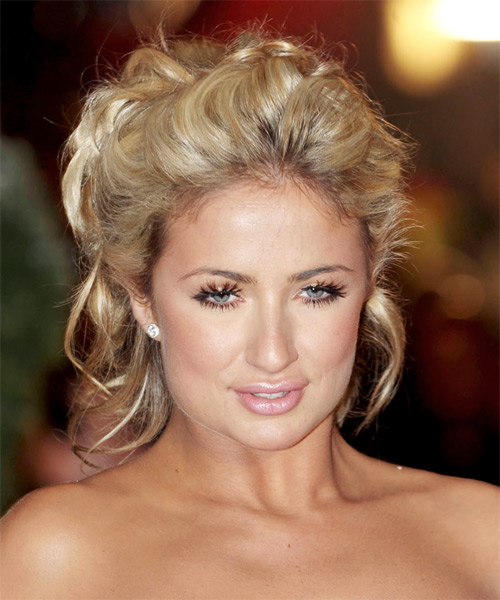 Casual Wedding Hairstyles: Dewi Image: Casual Updo Medium Curly Hairstyles