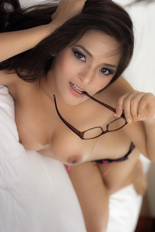 angel malit sexy nude photos 02