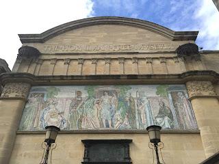 Front of Horniman Museum