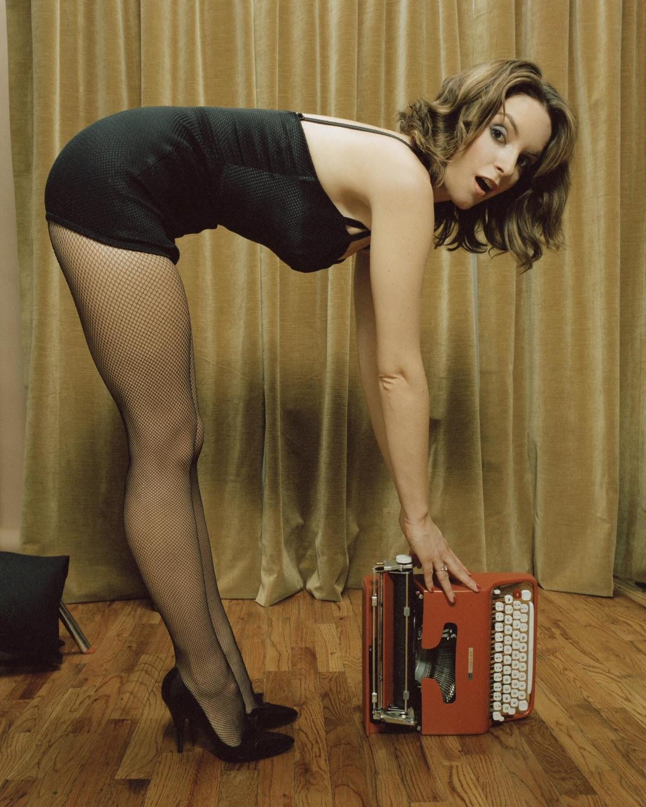 Sarah silverman sex against the wall on scandalplanetcom 2