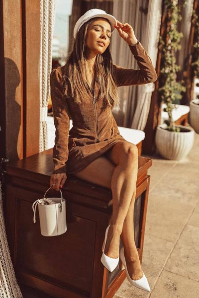 30 Trendy Fall Clothing Ideas for Every Day of Month | Corduroy Dress + Sam Edelman Hazel Pumps