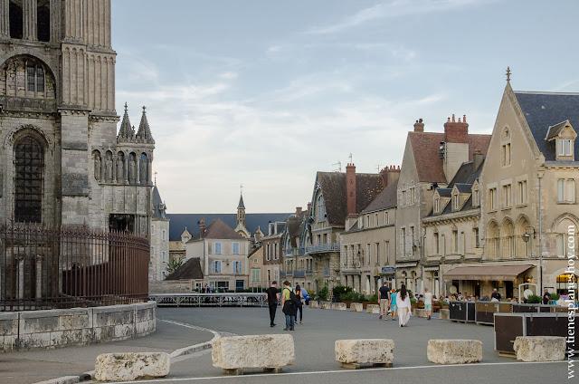 Chartres viaje Francia roadtrip turismo que ver diario viaje Bretaña Normandia Loira