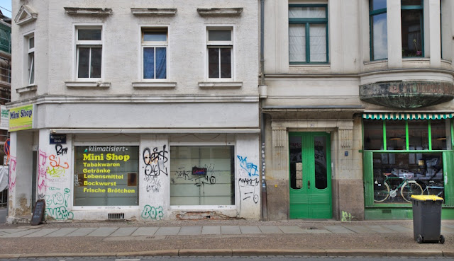 Minishop neMinishop neben alternativem Fahrradladen, Leipzig, Merseburger Straße, Hypezig