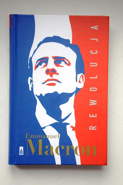 """Recenzje #35 - """"Rewolucja"""" + konkurs - nagłówek - Francuski przy kawie"""