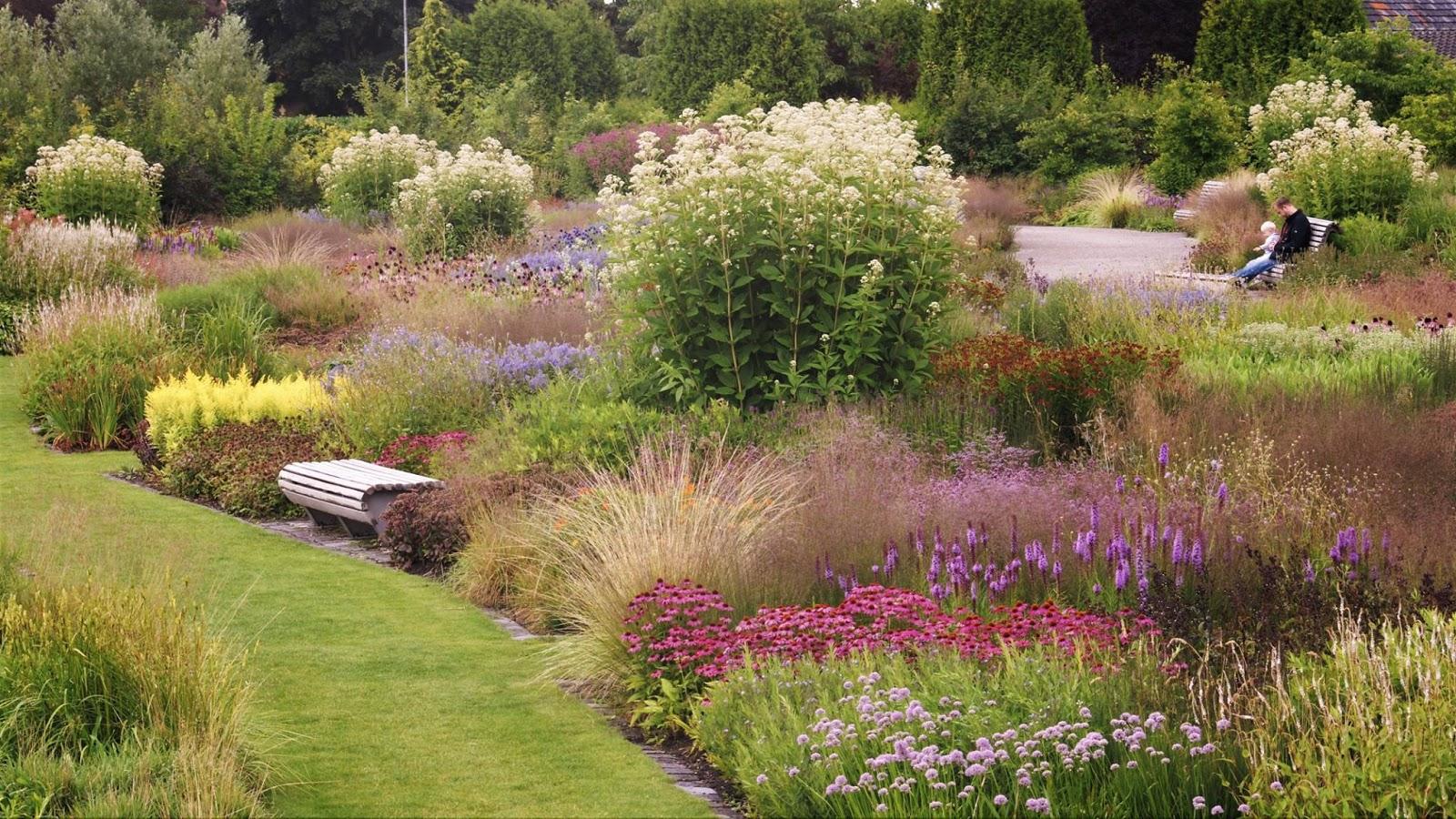 Jardín comunitario en Utrech diseñado por Piet Oudolf