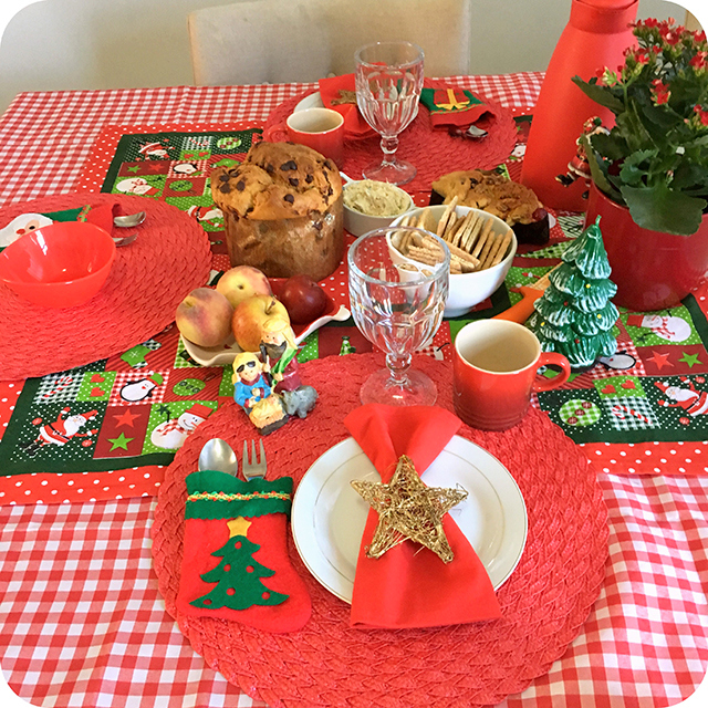 Montando a Mesa : Café da Manhã Especial Para o Natal