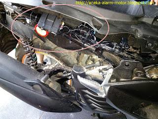 Cara pasang alarm motor pada Yamaha Nmax