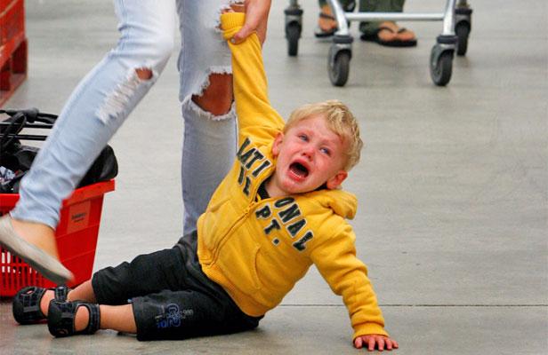 Cara Sangat Bijak untuk Menghadapi Anak Temper Tantrum