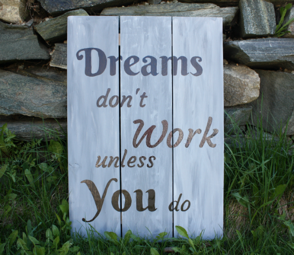 Dreams Wall Plaque | DevotedQuilter.blogspot.com