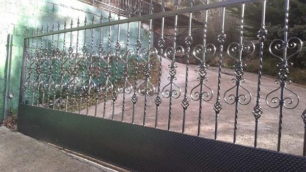 puertas forja Zaragoza