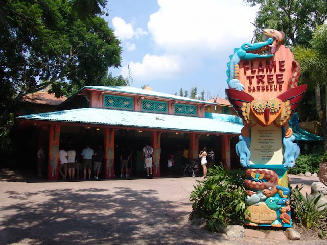 Restaurante Flame Tree Barbecue no Animal Kingdom em Orlando