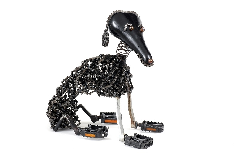 11-Sit-Nirit-Levav-Recycled-Bicycle-Parts-used-for-Unchained-Dog-Sculptures-www-designstack-co