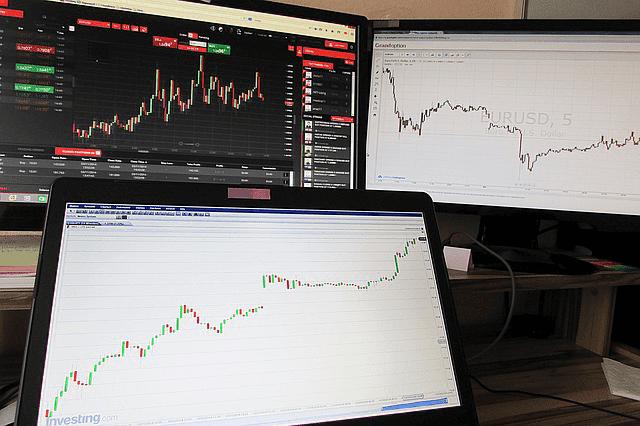 Trading Forex Online Berhadiah Jutaan Rupiah