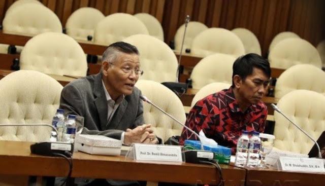 Pakar Hukum: Deklarasi Kemenangan Prabowo Melanggar Konstitusi