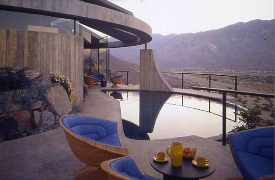 The Elrod House in Palm Springs, California 1968 | BlueisKewl