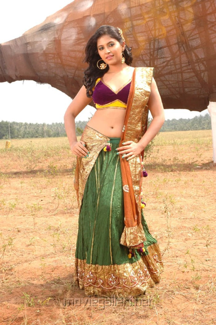 Actress Anjali Hottest Pics Collection Cleavage, Navel,Thighs Sexy Pics -9330