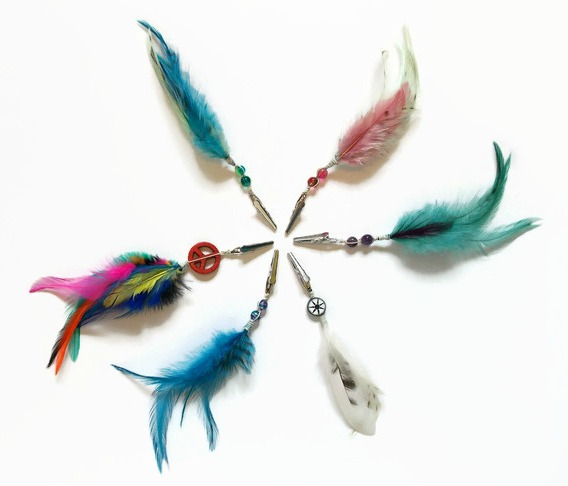 Feather Roach Clips