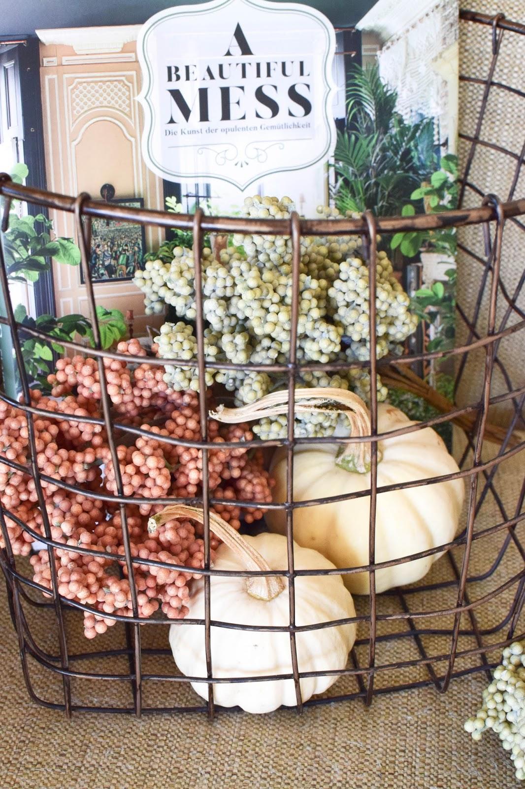 Deko fürs Wohnzimmer im Herbst im Botanical Style. Opulent, Gemütlich und eklektisch. Dekoidee, Interior, Einrichtung, Dekoration