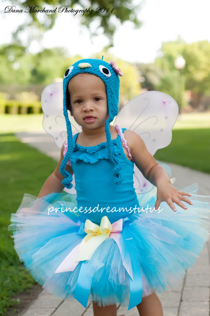 ... girl costume. Iu0027ve seen so many cute ideas.The possibilities are endless and whatu0027s even better is that when Halloween is done your little one will have ...  sc 1 st  Rae Gun Ramblings & Tutorial: Tutus for Any Halloween Costume - Rae Gun Ramblings