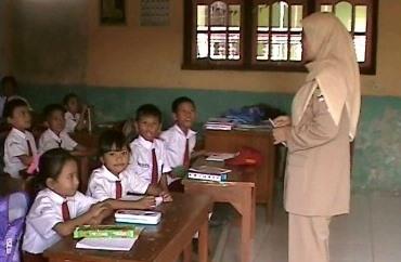 Sudahkah Silaturahmi Ke Guru-guru SD?