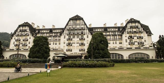 O Palácio Quitandinha é o lugar que você não pode deixar de conhecer