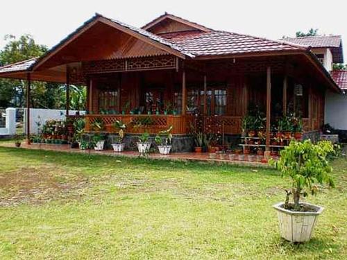 1050+ Desain Taman Rumah Di Kampung Terbaik