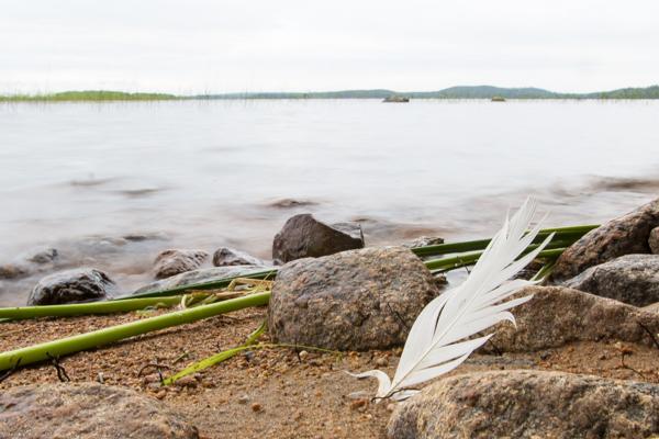 PauMau blogi nelkytplusbloggari nelkytplus nelkytplusblogit kaukaiset saaret järvessä aallot rantamaisema järvenranta