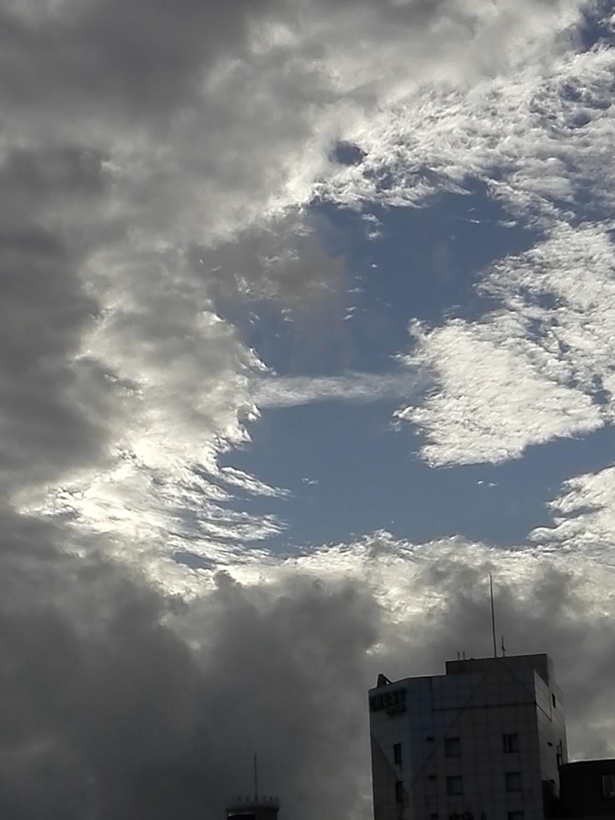 沖縄『雲百景』写真詩