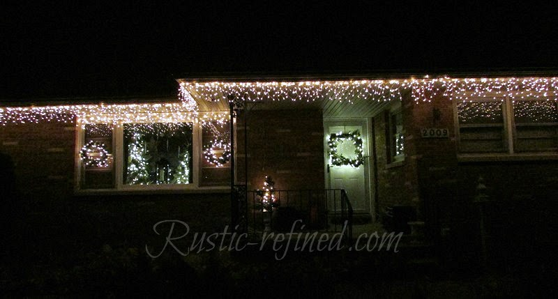How To Hang Christmas Lights The Easy Way Rustic Amp Refined