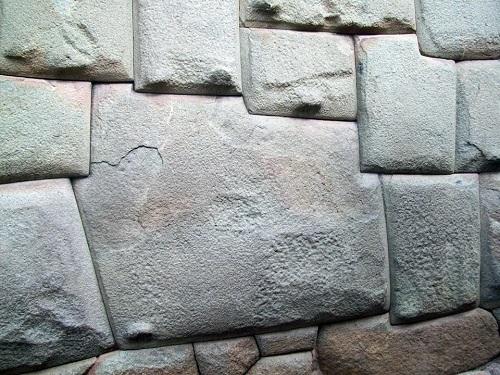 Hatun Rumiyoc (Piedra de los Doce Ángulos)