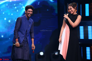 Sonakshi Sinha on Indian Idol to Promote movie Noor   IMG 1579.JPG