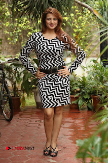 Actress Saloni Latest Pos in Short Dress  0347.JPG