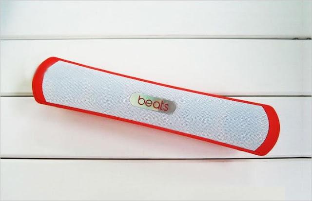 Loa Bluetooth b13 màu đỏ