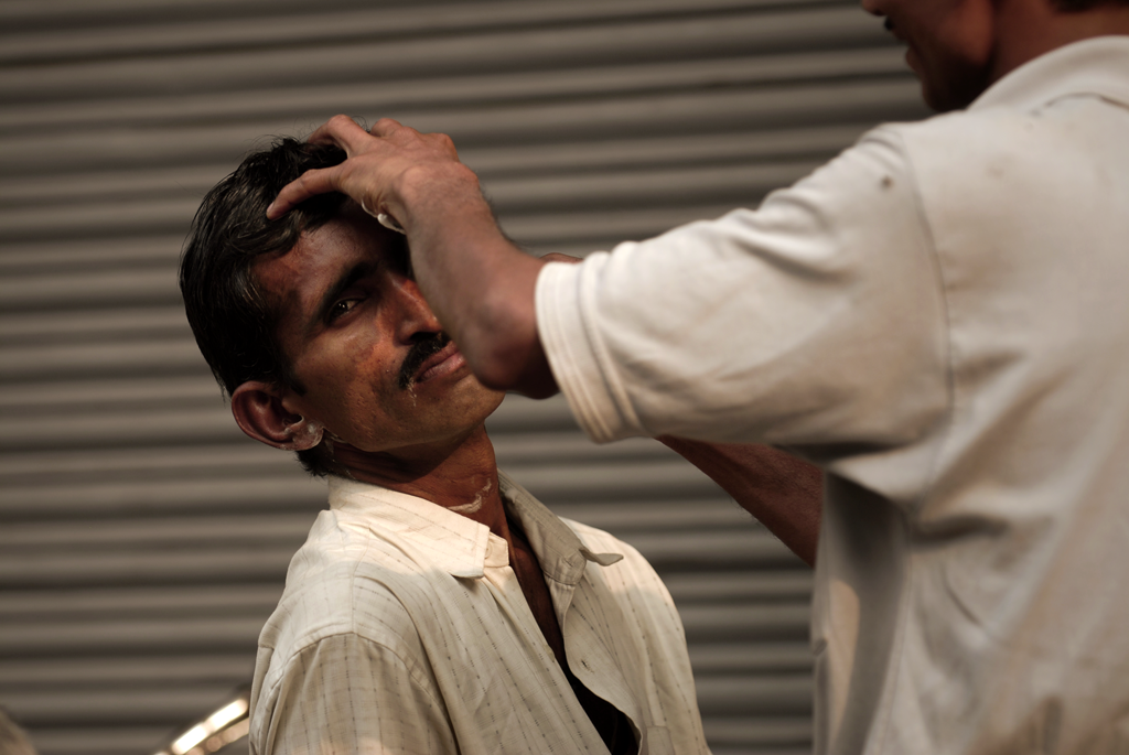 Delhi Street Barber submitted to the 'Street Photography Awards 2020' photo competition on LensCulture.