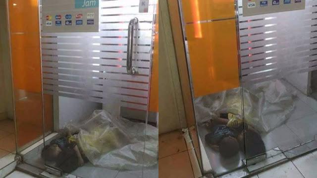 Bikin Syok, Dua Bocah Terlantar yang Tidur di ATM Berselimutkan Plastik itu ....