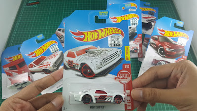 Hot Wheels Red Edition Night Shifter